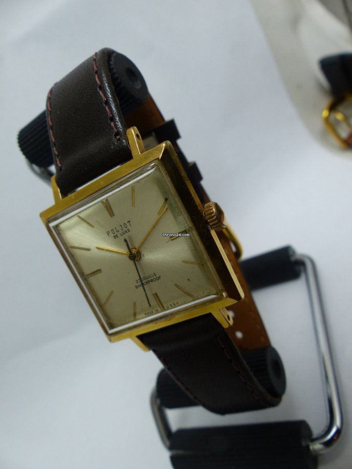 Kupte ruské hodinky výhodně na Chrono24 65a19135a9e