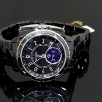 Chanel J12 new Automatic Watch with original box and original papers h3406