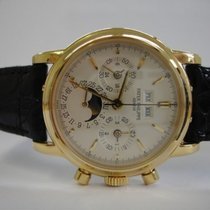 Patek Philippe Perpetual Calendar Chronograph Yellow gold 36mm White No numerals