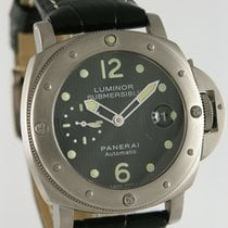 Panerai 44mm Automatic 2007 pre-owned Luminor Submersible Black