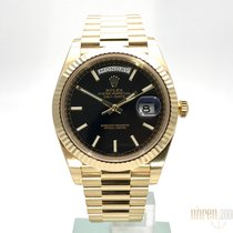 Rolex Day-Date 40 Gelbgold Ref. 228238 Schwarz