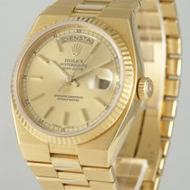 Rolex Day-Date Oysterquartz Geelgoud 36mm Champagne