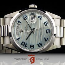 Rolex Day-Date Platin ice blue wave dial Full Set LC 100