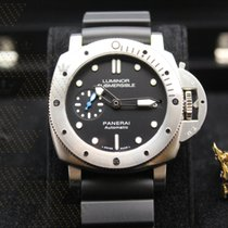 Panerai PAM00682 LUMINOR SUBMERSIBLE 1950 3 DAYS AUTOMATIC