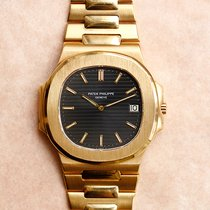 Patek Philippe 3700 Yellow gold 1982 Nautilus pre-owned