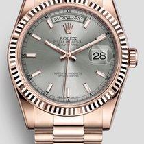 Rolex Day-Date 36 nouveau Remontage automatique Montre avec coffret d'origine et papiers d'origine 118235