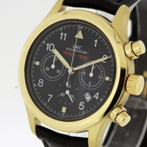 IWC Yellow gold Quartz Black 36mm pre-owned Pilot Chronograph