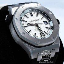 Audemars Piguet Royal Oak Offshore Diver Stahl 42mm Weiß