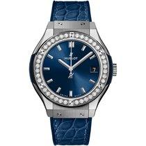 Hublot Titanium Quartz Blue No numerals 33mm new Classic Fusion Blue