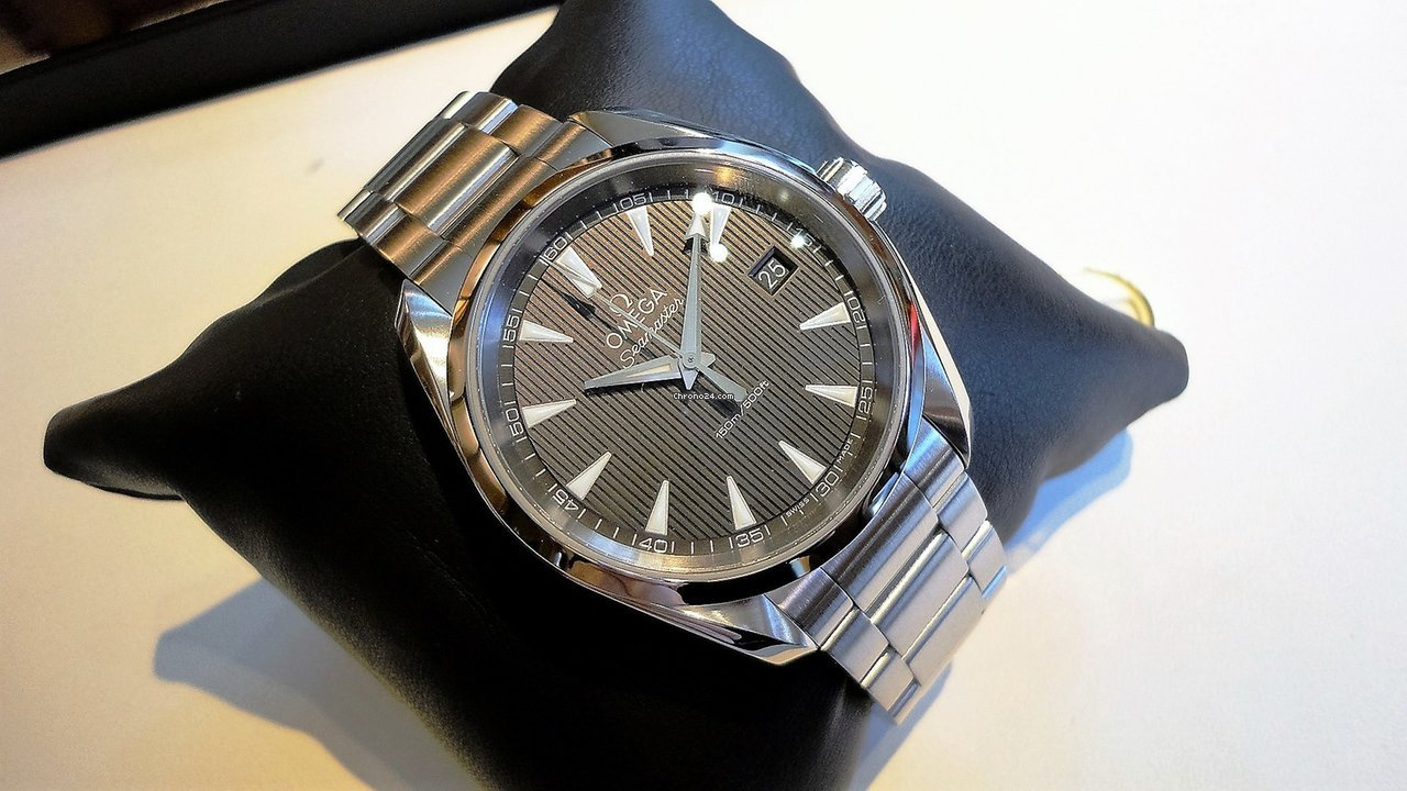 Omega Ungetragene Seamaster Aqua Terra 150 m Quartz 38.5 mm for $2,302 for  sale from a Trusted Seller on Chrono24