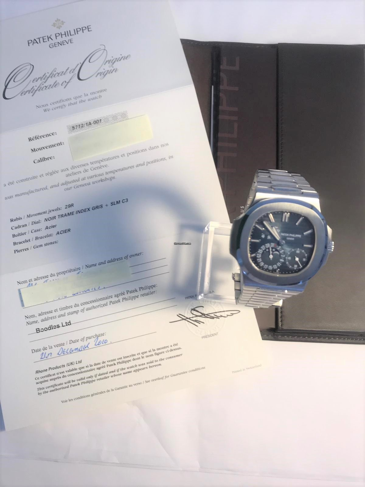 cebbd8089a6 Patek Philippe Nautilus for Rp. 1,149,901,184 for sale from a Trusted  Seller on Chrono24