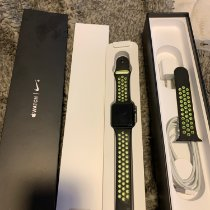 Apple Apple Watch pre-owned