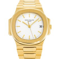 Patek Philippe Nautilus pre-owned 36mm Yellow gold
