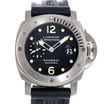 Panerai Luminor Submersible Titanio 44mm Negro