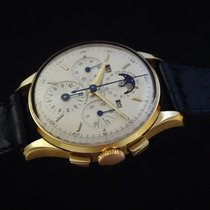 Universal Genève Compax 1955 pre-owned