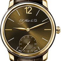 H.Moser & Cie. Endeavour Rose gold Brown United States of America, New York, Brooklyn