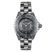 Chanel J12 H2978 pre-owned