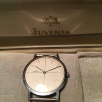 Juvenia plain silver with cross hairs on glass face