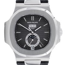 Patek Philippe Nautilus 5726 LIKE NEW FULL SETT