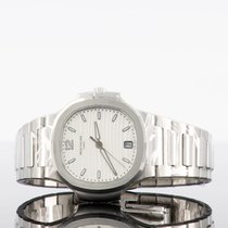 Patek Philippe Nautilus Steel 35.2mm White No numerals