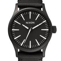 Nixon A377-005 Sentry 38 Leather Black White 38mm 10ATM