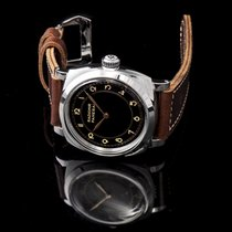 Panerai Special Editions new Manual winding Watch with original box and original papers PAM00790