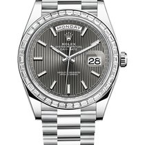 Rolex Day-Date 40 Platino 40mm Gris