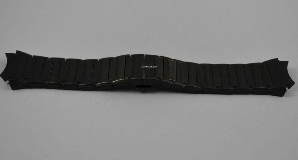 porsche design titan armband f r chrono 6620 dashboard. Black Bedroom Furniture Sets. Home Design Ideas