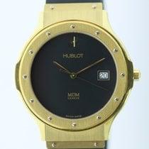 Hublot Classic Yellow gold 36mm Black