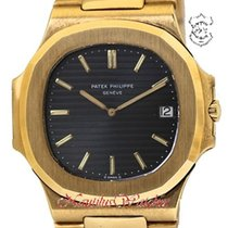 Patek Philippe Yellow gold 3700/1j pre-owned