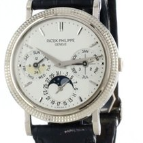 Patek Philippe Perpetual Calendar White gold 35mm Silver United States of America, Florida, Sunny Isles Beach