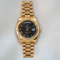 Rolex Day-Date II pre-owned 41mm Black Date Yellow gold