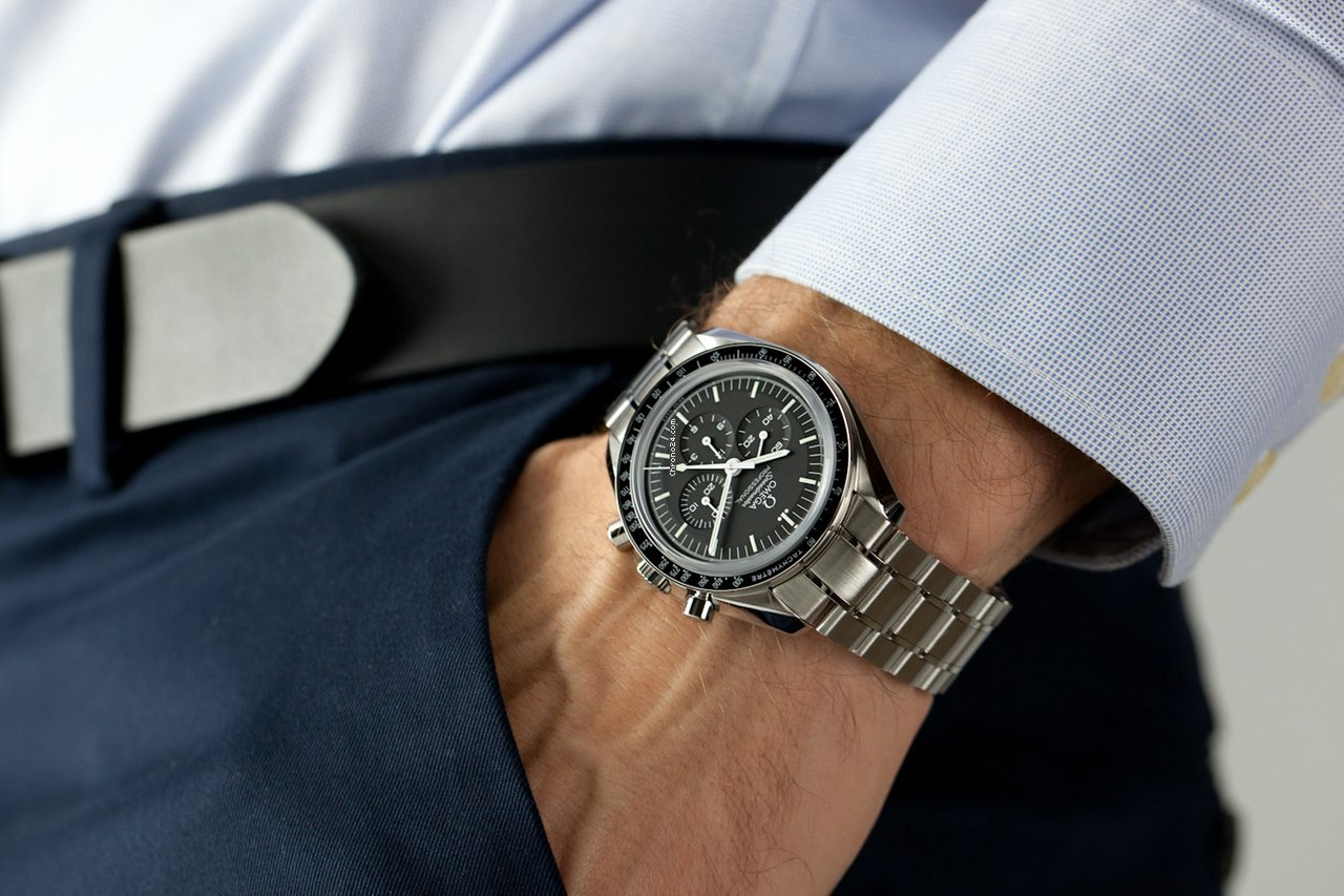 Omega Speedmaster Moonwatch Sapphire Factory Warranty New For