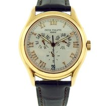 Patek Philippe Annual Calendar Yellow gold 37mm White Roman numerals United States of America, New York, Greenvale