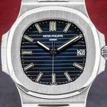Patek Philippe Nautilus 5711/1A-010 pre-owned