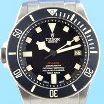 Tudor Titanio 42mm Automático 25610TNL usados