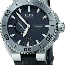 Oris Aquis Titan new 2011 Automatic Watch with original box 743.7664.7253.RS