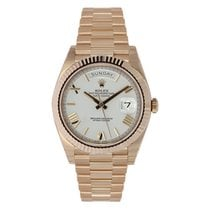 Rolex Day-Date 40 Rose gold 40mm White Roman numerals