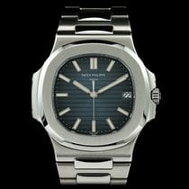 Patek Philippe Nautilus 5711/1A-010, UNWORN, full set, 2017 model