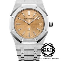 Audemars Piguet Royal Oak Jumbo White gold 39mm United States of America, New York, New York