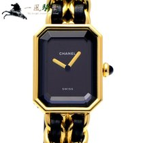 Chanel Women's watch 26mm Quartz pre-owned Watch only
