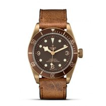 Tudor Black Bay Bronze Aluminum 43mm Bronze Arabic numerals United States of America, New York, New York