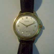 Movado Or jaune Remontage automatique 8419 occasion