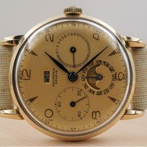 Universal Genève 51307 Good Yellow gold 34mm Manual winding