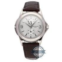 Patek Philippe Calatrava Travel Time 5134G-011