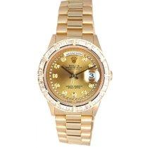 Rolex Day-Date 36 Gelbgold 36mm Champagnerfarben
