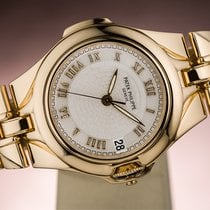 Patek Philippe Yellow gold Automatic White Roman numerals 38mm pre-owned Nautilus