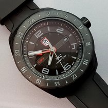 Luminox Xcor Aerospace PC Carbon Reinforced GMT