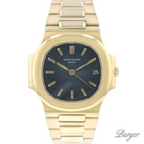 Patek Philippe Nautilus pre-owned 37mm Yellow gold