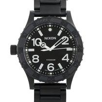 Nixon Titan 51mm Quarz A351-001 neu